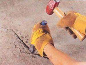 как использовать молоток и зубило